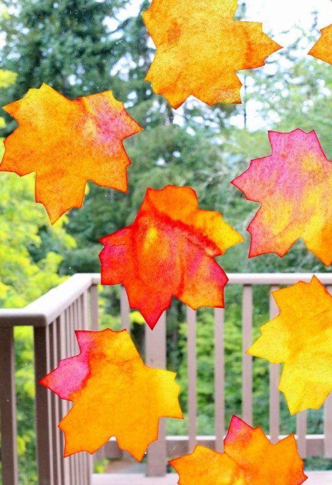 Herbst fensterbilder basteln blaetter herbstfarben orange for Herbstblatter basteln