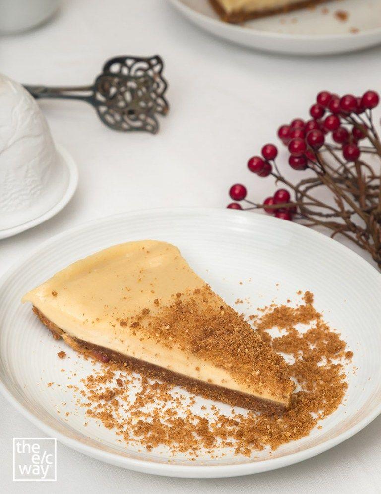 Veganer Spekulatius Bratapfel Cheesecake // Rezept von The e/c way #spekulatiuskuchen
