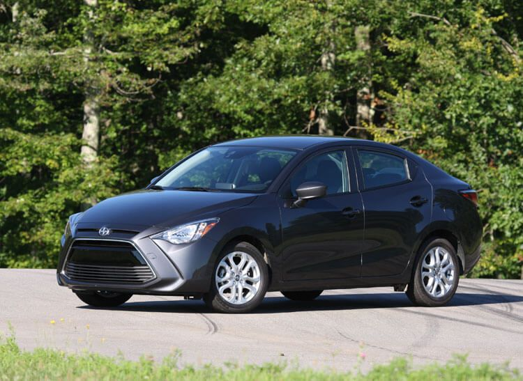 10 Cars Proven To Get 200 000 Miles And Beyond Toyota Avalonacura Tlnissan