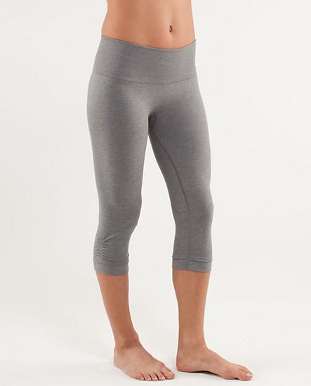 3d1dfa595bc54c Lululemon Ebb & Flow Crop | Psh... I workout (clothes) | Lululemon ...