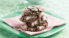 Have cake mix?  Make cookies!  It's easy to make classic chocolate crinkle cookies with a mix.