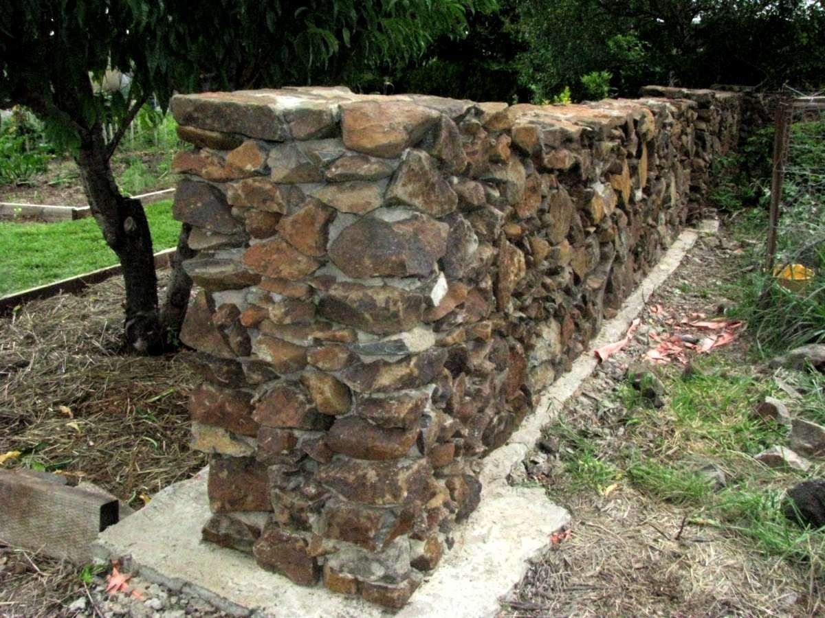 Image Result For Building A Stone Wall With Mortar