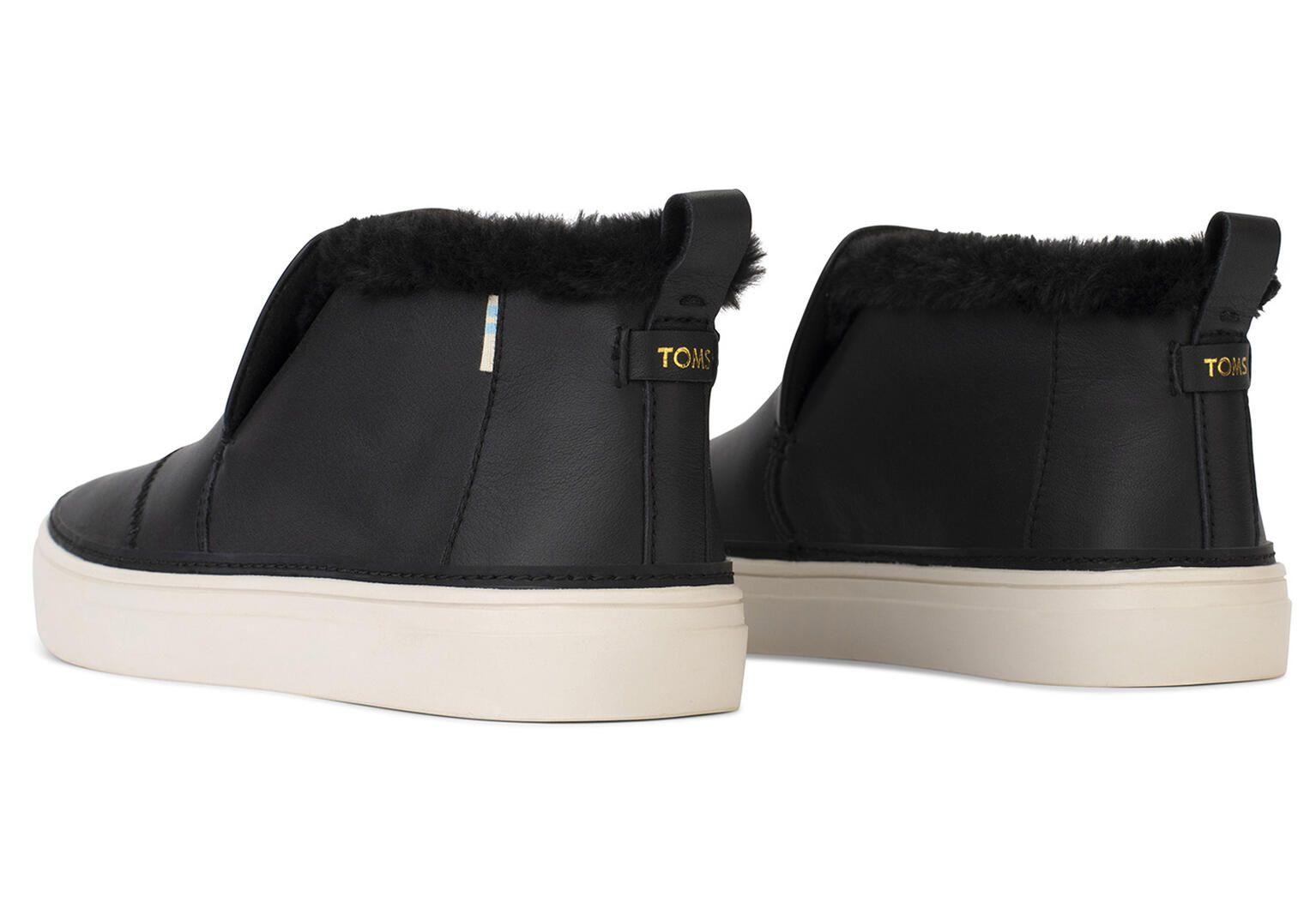 Slip on, Black leather