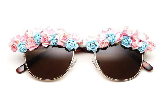 Victoria Flower Sunglasses #flower #sunglasses www.loveitsomuch.com