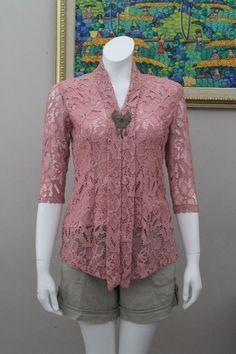 Model Baju Brokat Atasan Simple