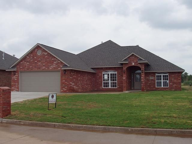 Best Front Of Red Brick House Jpg 640×480 Red Brick House 400 x 300
