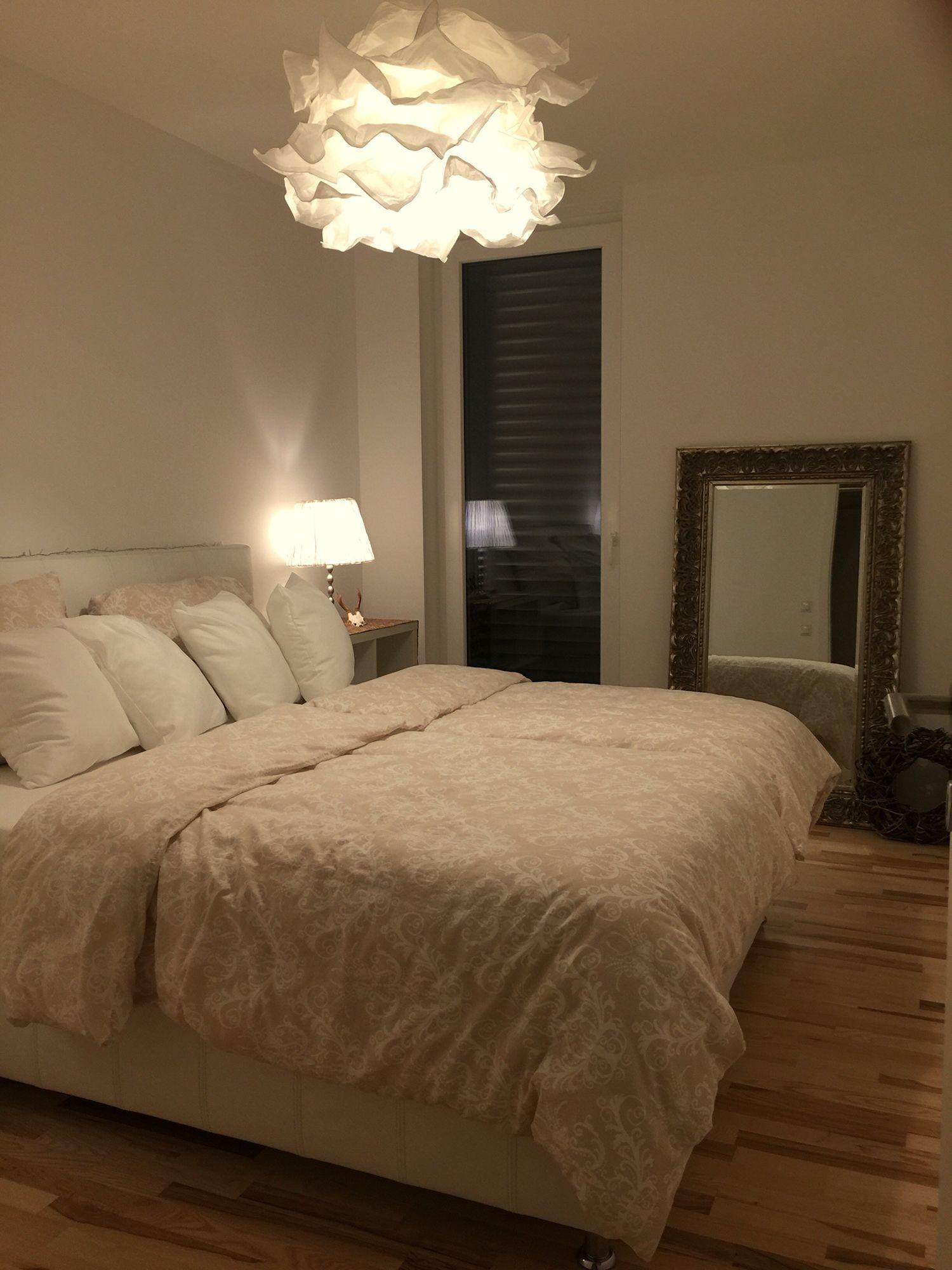 Pin von Mee auf Zimmer deko ideen in 15  Schlafzimmer lampe