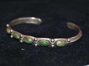 Early-Navajo-Turquoise-Bracelet-sg-IH-COIN-SILVER-Indian-Handmade-Harvey-Era
