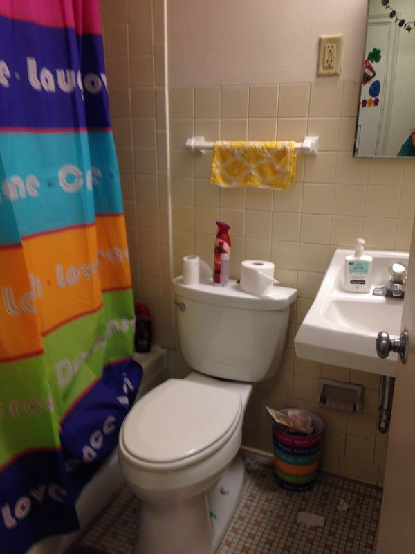 Marquette University Abbottsford Hall Dorms Only Triple Rooms Here One Small Bedroom 1