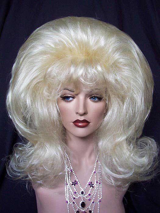 That Girl Drag Wig. Such fun! Se pomponner... Drag