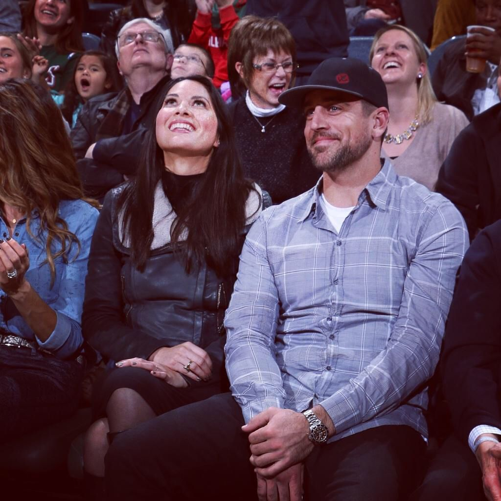 See Danica Patrick And Aaron Rodgers Look Romantic In Mexico They Re Really Into Each Other Aaron Rodgers Danica Patrick Aaron Rogers