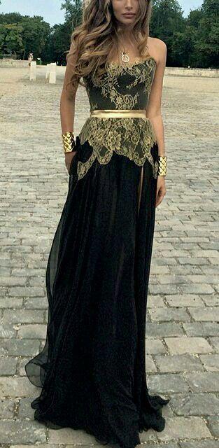 Vestido negro y dorado largo