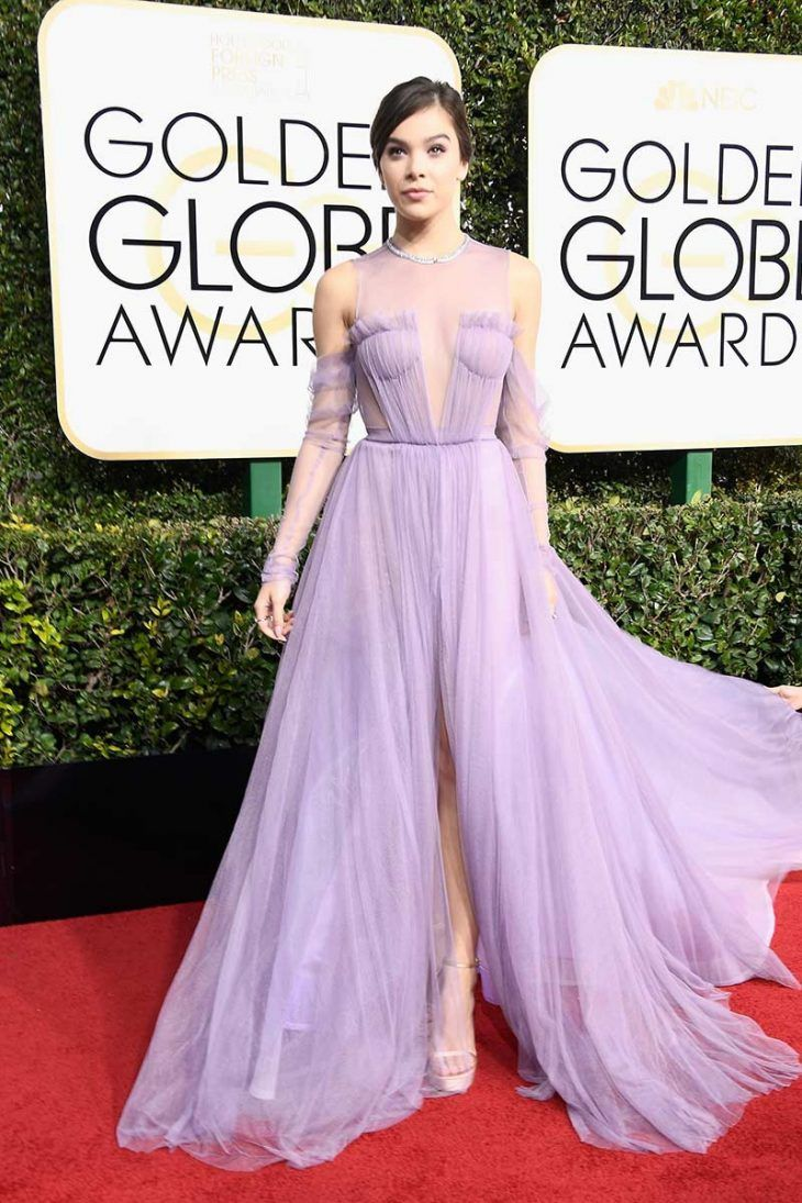 hailee-steinfeld-vestido-golden-globes-2017-lilas-tule-isnpiracao ...