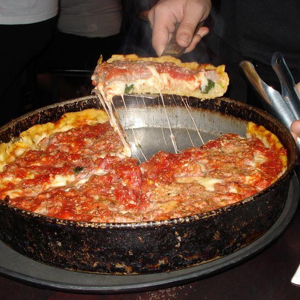 Deep Dish Pizza at Lou Malnati's Pizzeria, Chicago
