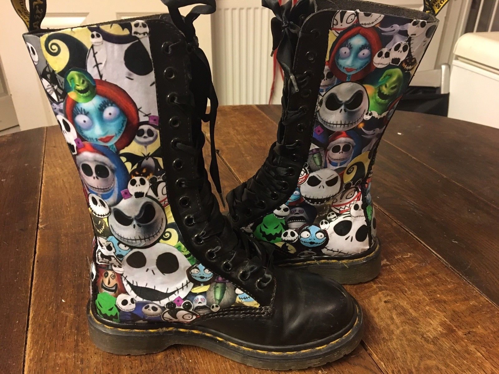 b25bb71d5b22 Nightmare Before Christmas Dr Martens 14 Hole Black Boots Size 4 Unique  Gothic