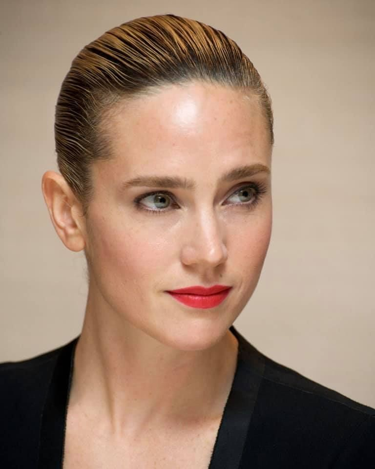 Jenifer Connelly beautiful