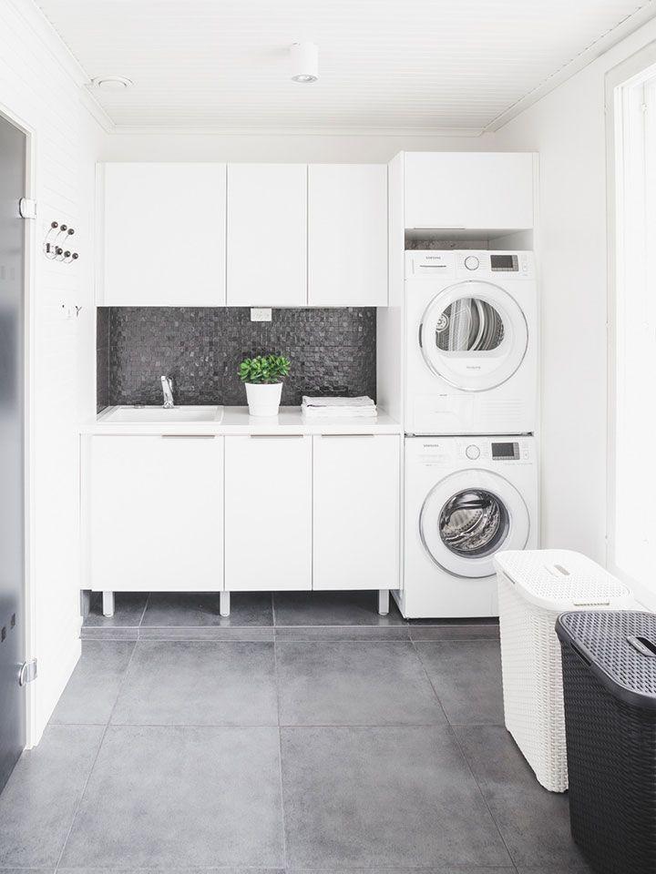 Une #buanderie #moderne #noir et #blanc. #lavage #linge ...