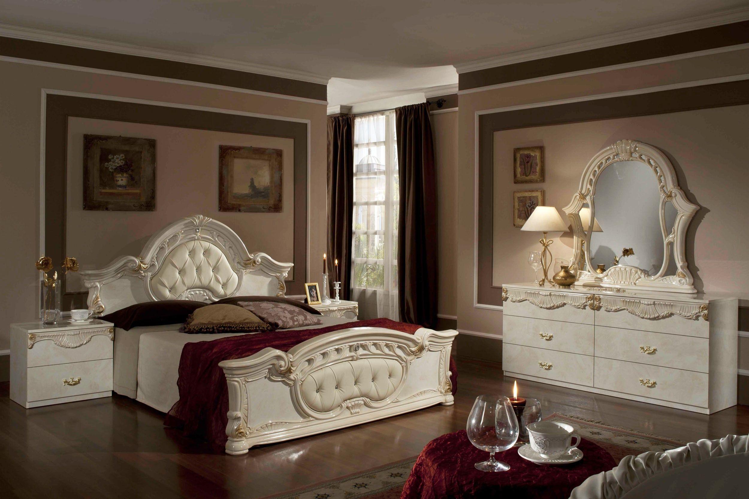 Modrest Rococo   Italian Classic Beige Bedroom Set. $2,230