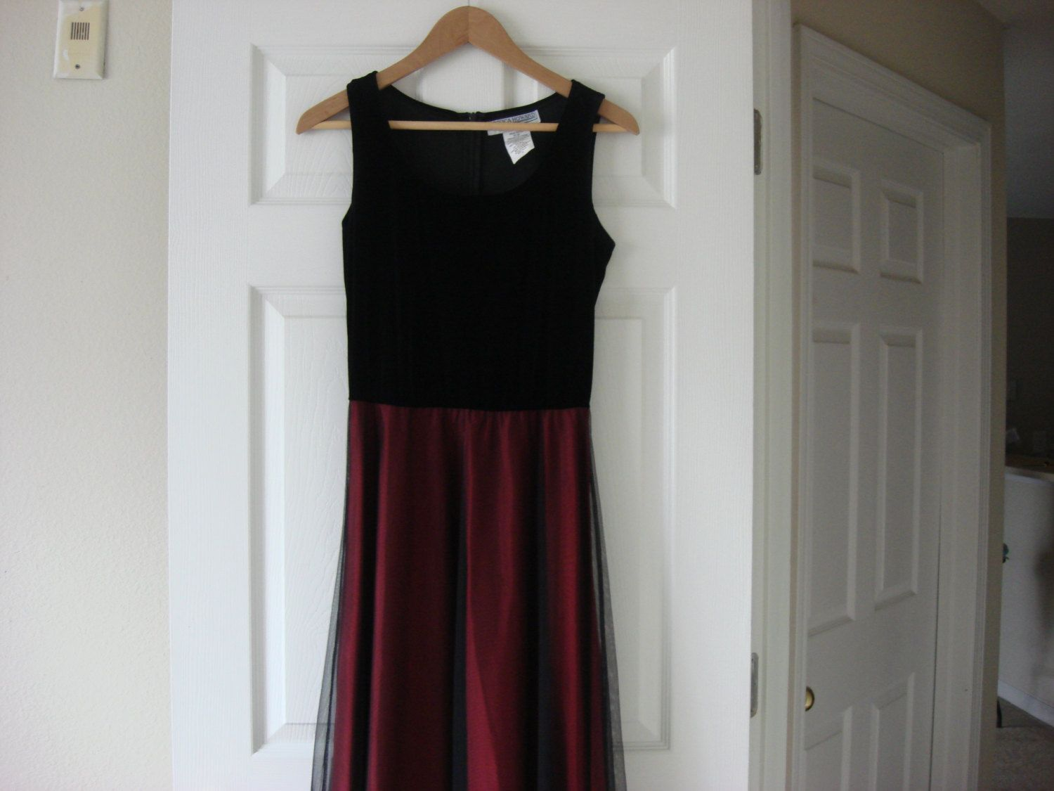 Beautiful Vintage Black Velvet and Red Black Tulle Long Dress Sleeveless Size 8 Medium by fleurzart on Etsy
