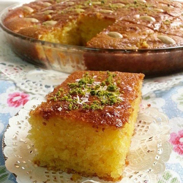 بسبوسه لكريم كراميل المقادير كوب ونص سميد ثلاث ارباع كوب دقيق كوب جوز الهند ثلاث ارباع كوب حليب بودر 3 بي Ramadan Desserts Lebanese Desserts Food Receipes