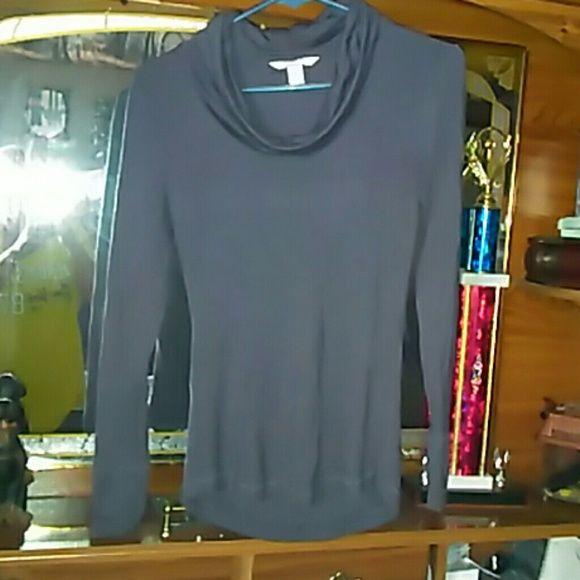 Comfy Grey cowl neck long sleeved shirt Grey cowl neck long sleeved shirt Banana Republic Tops