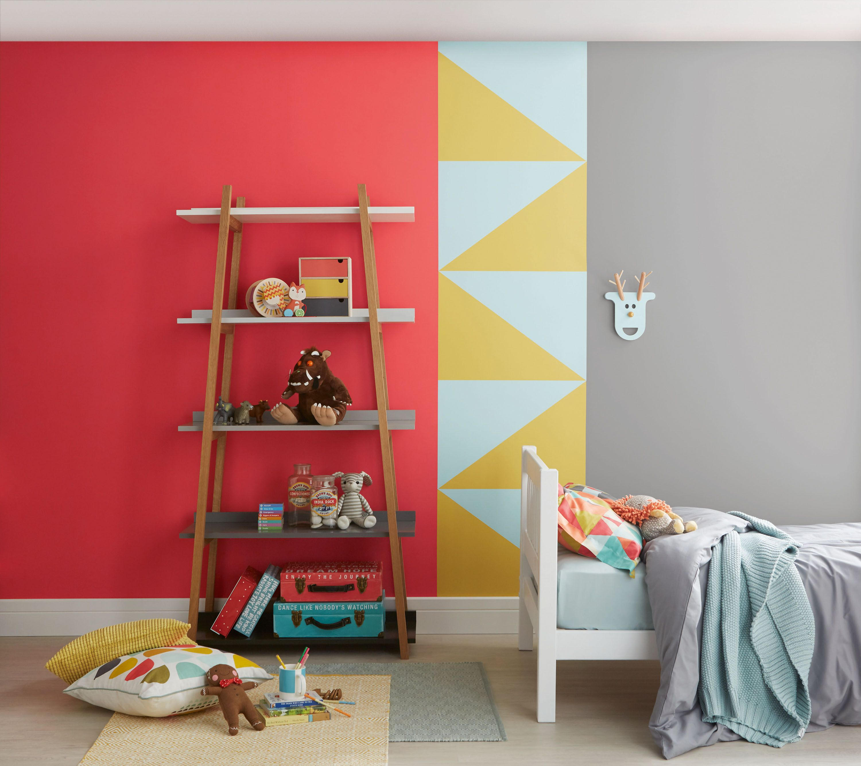 Paint colour schemes for kids' bedrooms: 15 bright ideas images