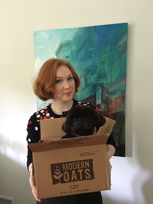 Molly C. Quinn @MollyQuinn93  3/14/16 WHAT! I ordered oatmeal and they sent me a puppy! The outrage!