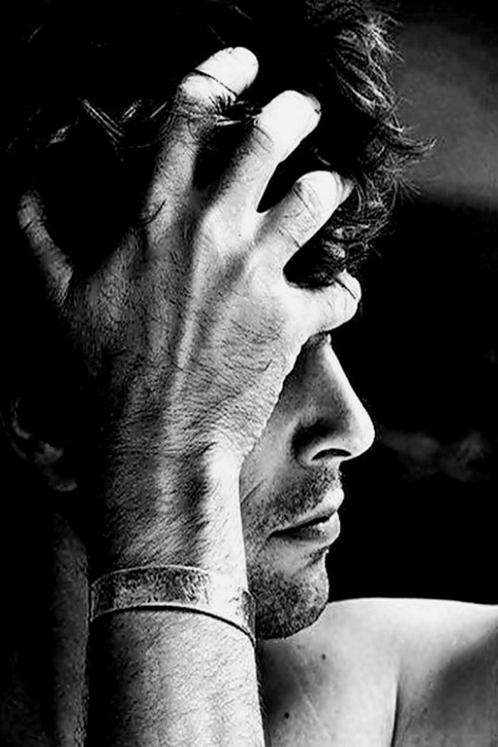 Resultado De Imagem Para صور شباب رماديه Photography Poses For Men Portrait Photography Men Man Photography