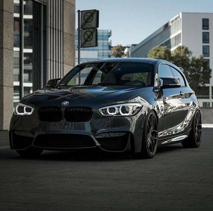 BMW F21 1 Series Black
