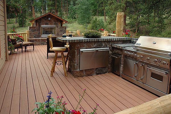 Invest In The Right Composite Deck Boards To Improve The Quality And Appearance Of Your Patio Htt Outdoor Kitchen Outdoor Kitchen Design Modern Kitchen Design