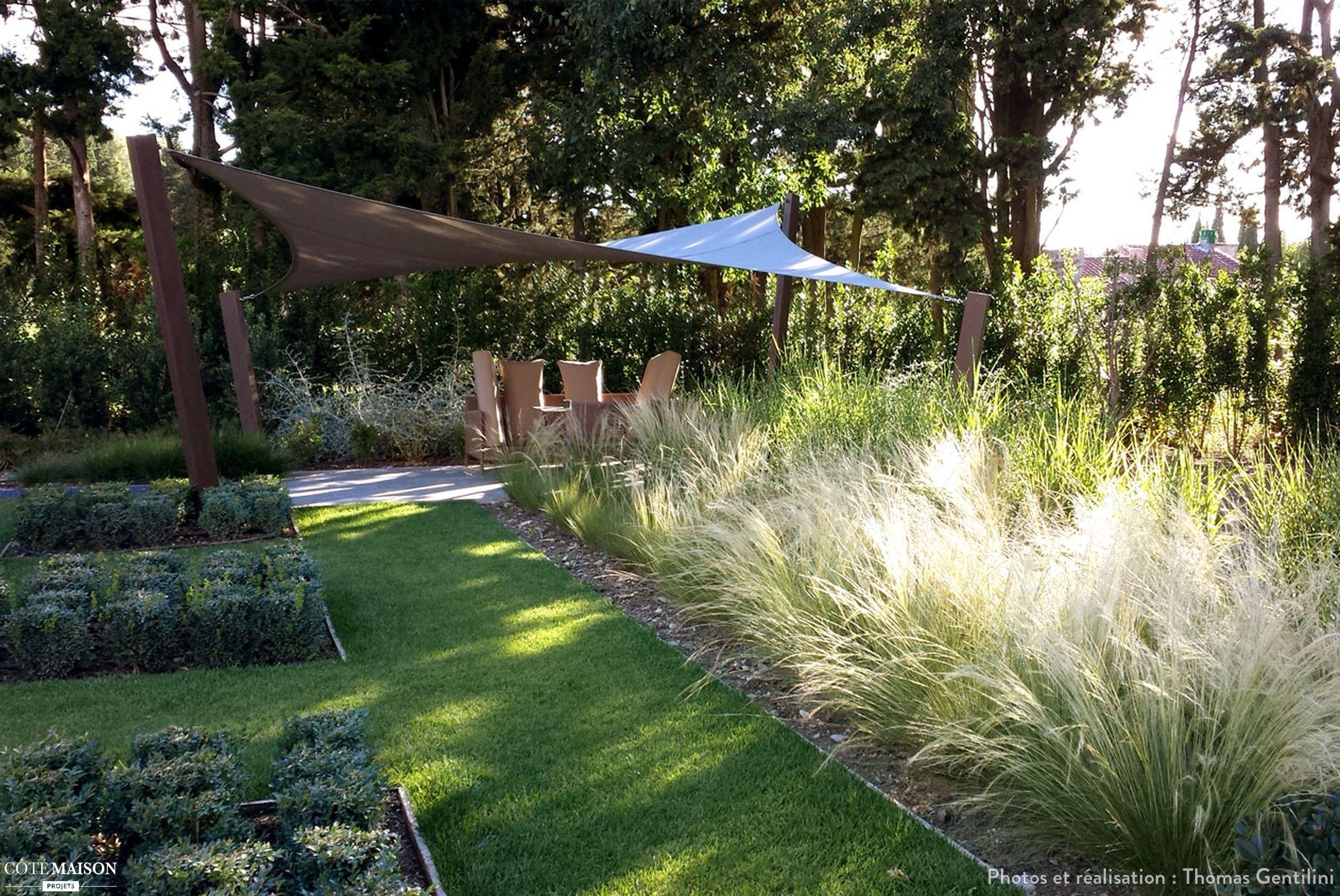 Jardin contemporain aux inspirations asiatiques à St Rémy de ...