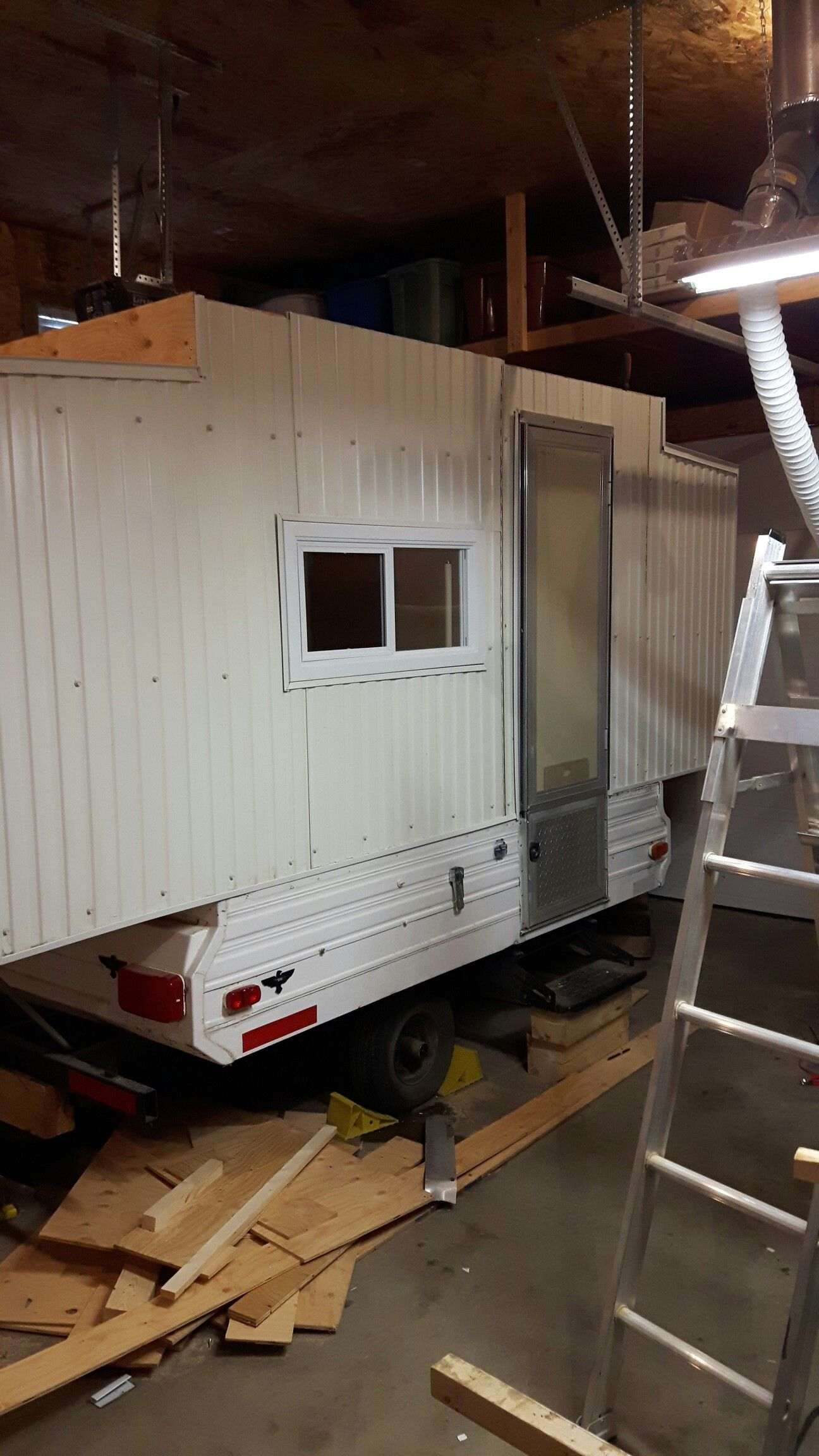 Pop-up tent trailer turned ice fishing shack | Trailers