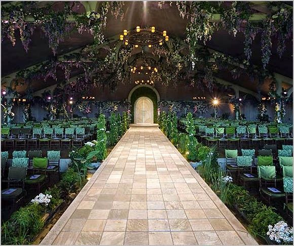 Wow! Amazing Aisle Wedding Decor For A Special & Intimate Wedding ...