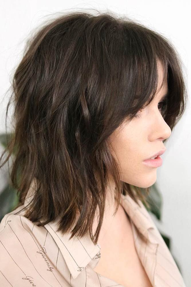 30 Best Short Hairstyles For Round Faces in 2021  
