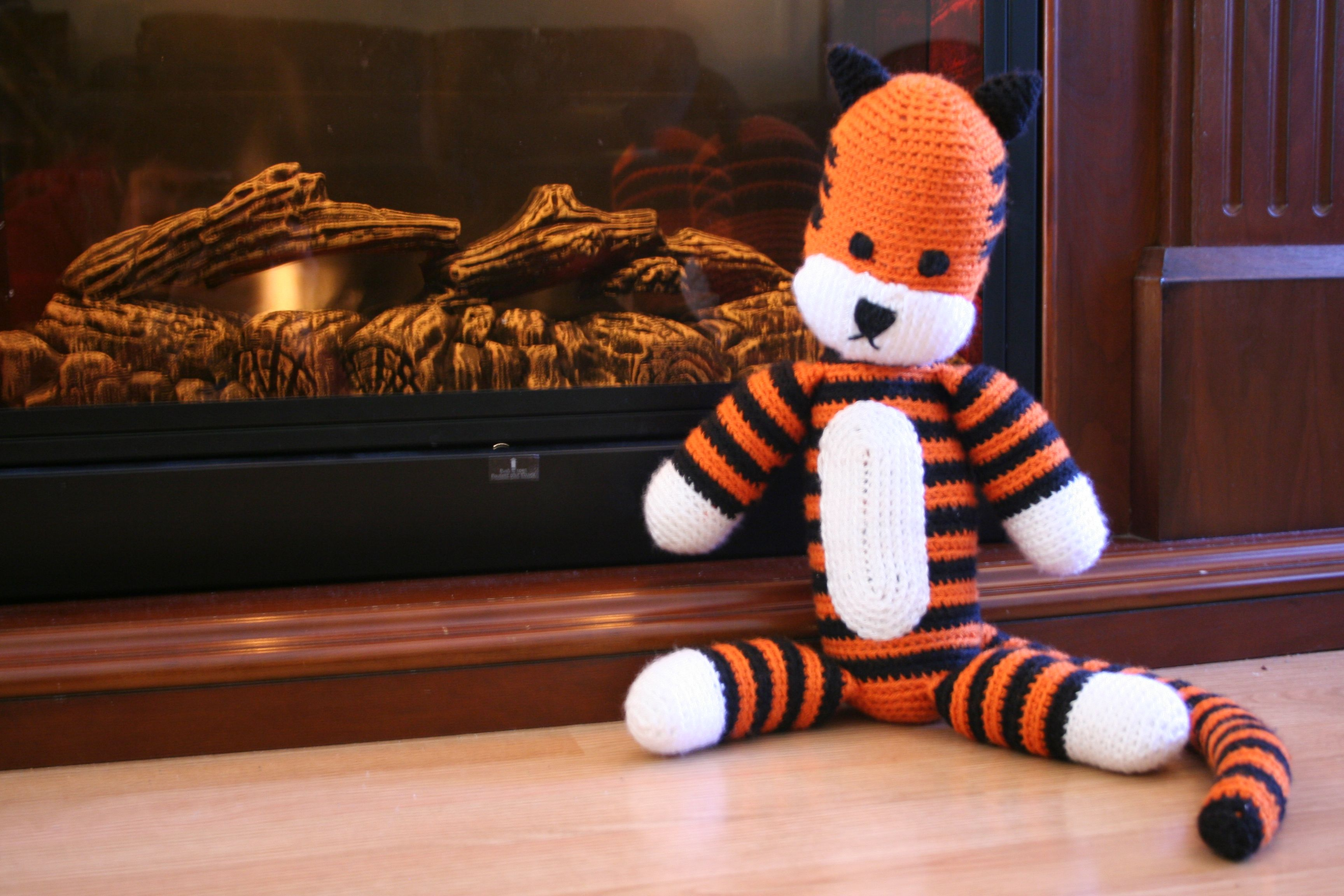 Hobbes Found the awesome pattern at http://sukigirl74.blogspot.com/2011/03/free-hobbes-crochet-pattern.html