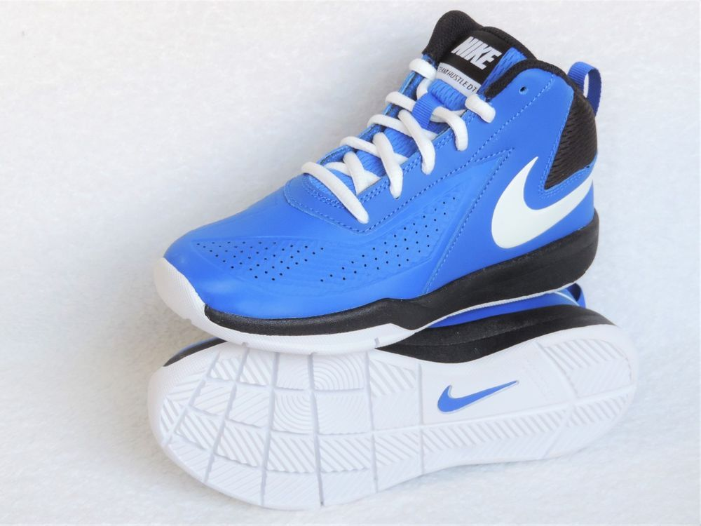Nike Boy's Team Hustle D 7 Basketball Shoe, Royal/White/Black, US Size ( Youth) 1