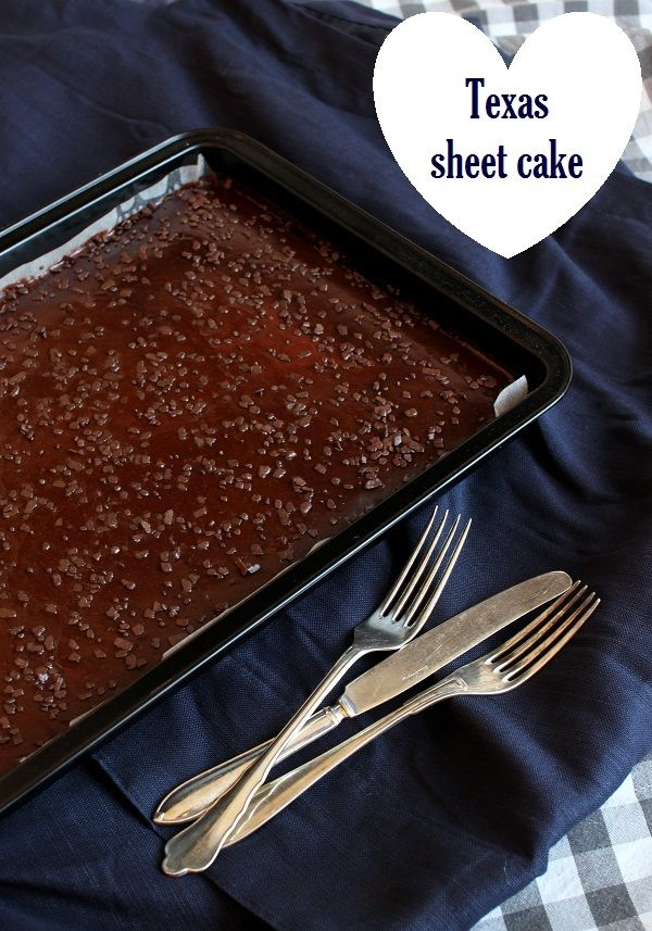 Wicked sweet kitchen: Texas sheet cake / Mehevä suklaapiirakka
