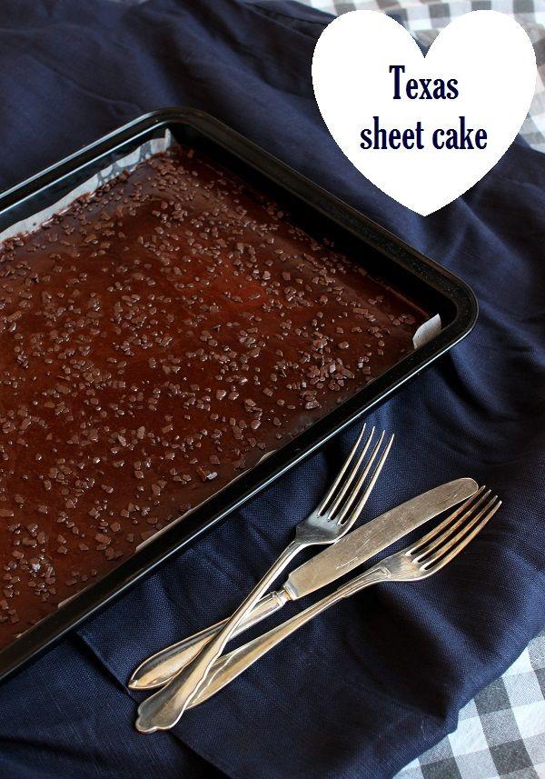 Wicked sweet kitchen: Texas sheet cake / Mehevä suklaapiirakka