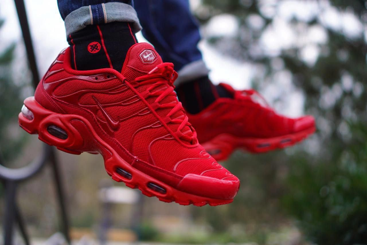 """Nike Tuned 1 """"All Red"""" sneakyberlin Red sneakers"""