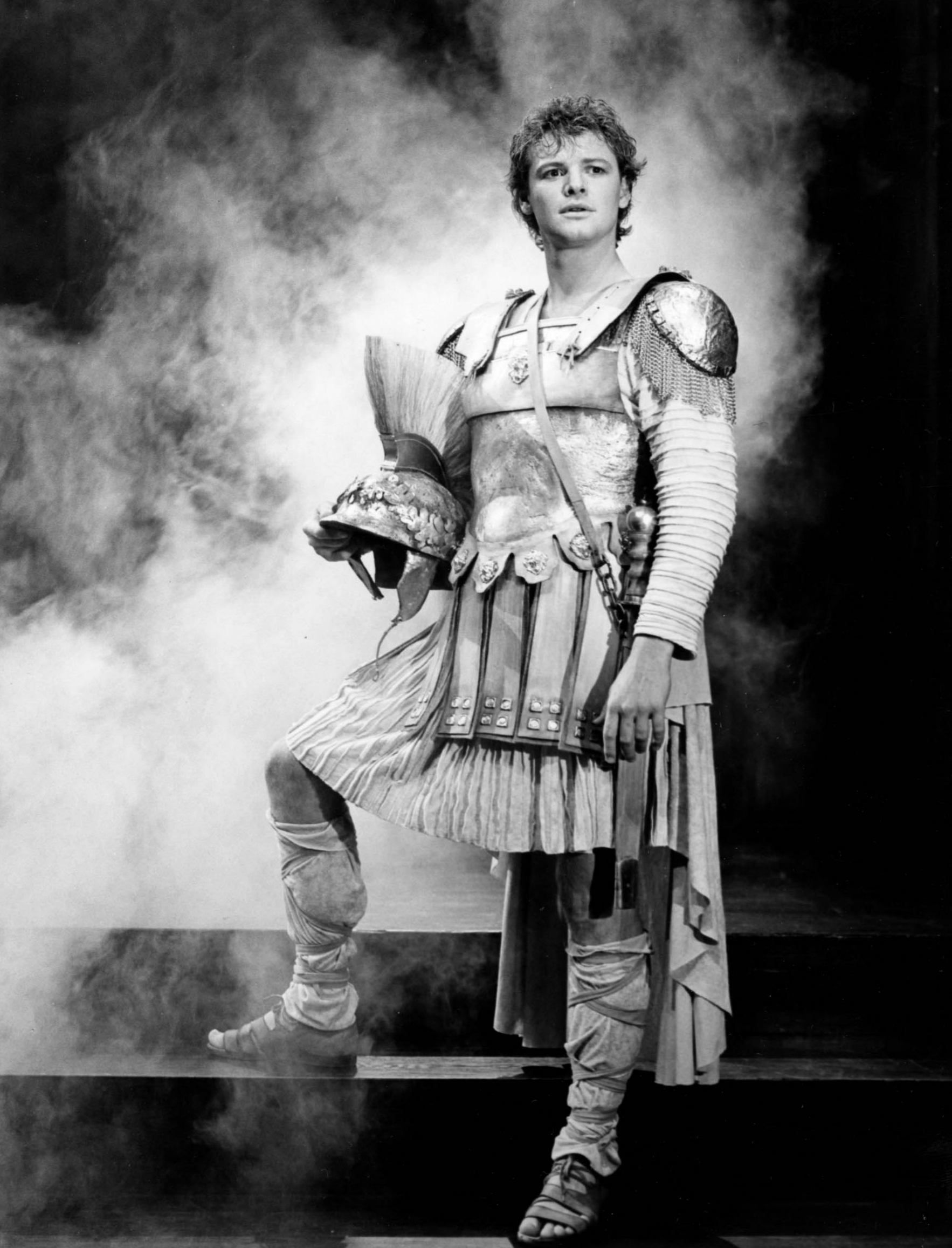 stratford alec guinness as richard iii riii throwbackthursday to geraint wyn davies as pericles in our 1986 production of this riveting shakespeare