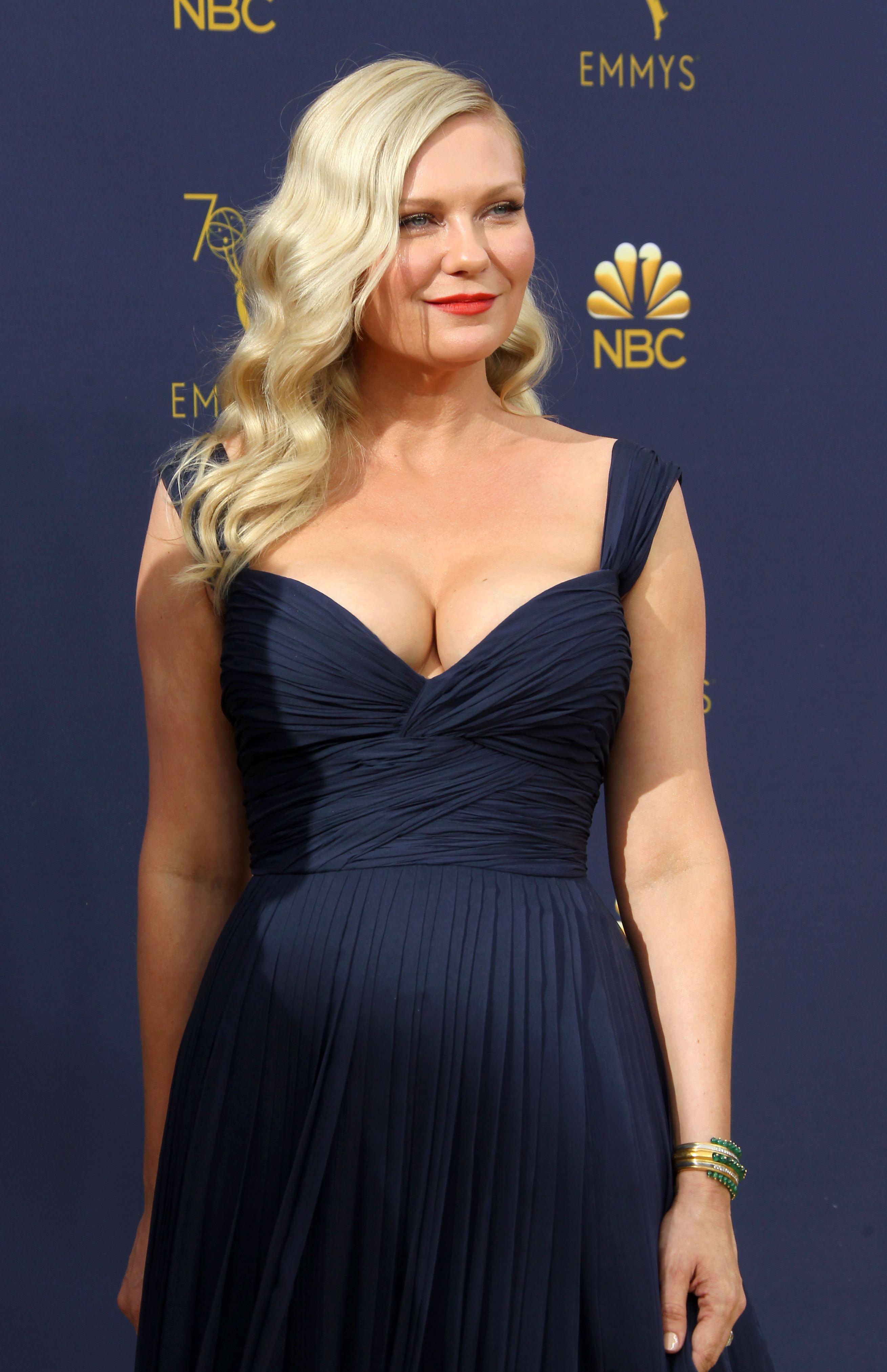 Kirsten Dunst | Kirsten dunst, Beautiful celebrities, Celebs