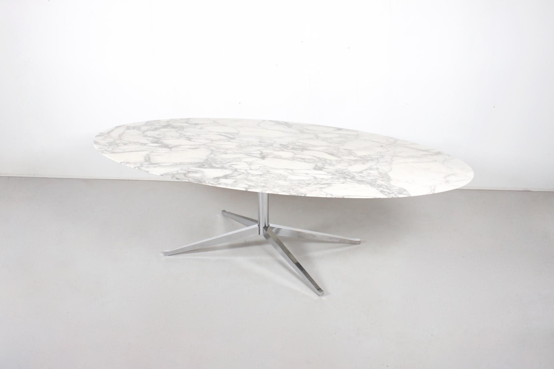 Table De Salle A Manger Ovale 2480 En Marbre Par Florence Knoll Pour Knoll International 1961 1 Table Salle A Manger Table Marbre Table Knoll Ovale