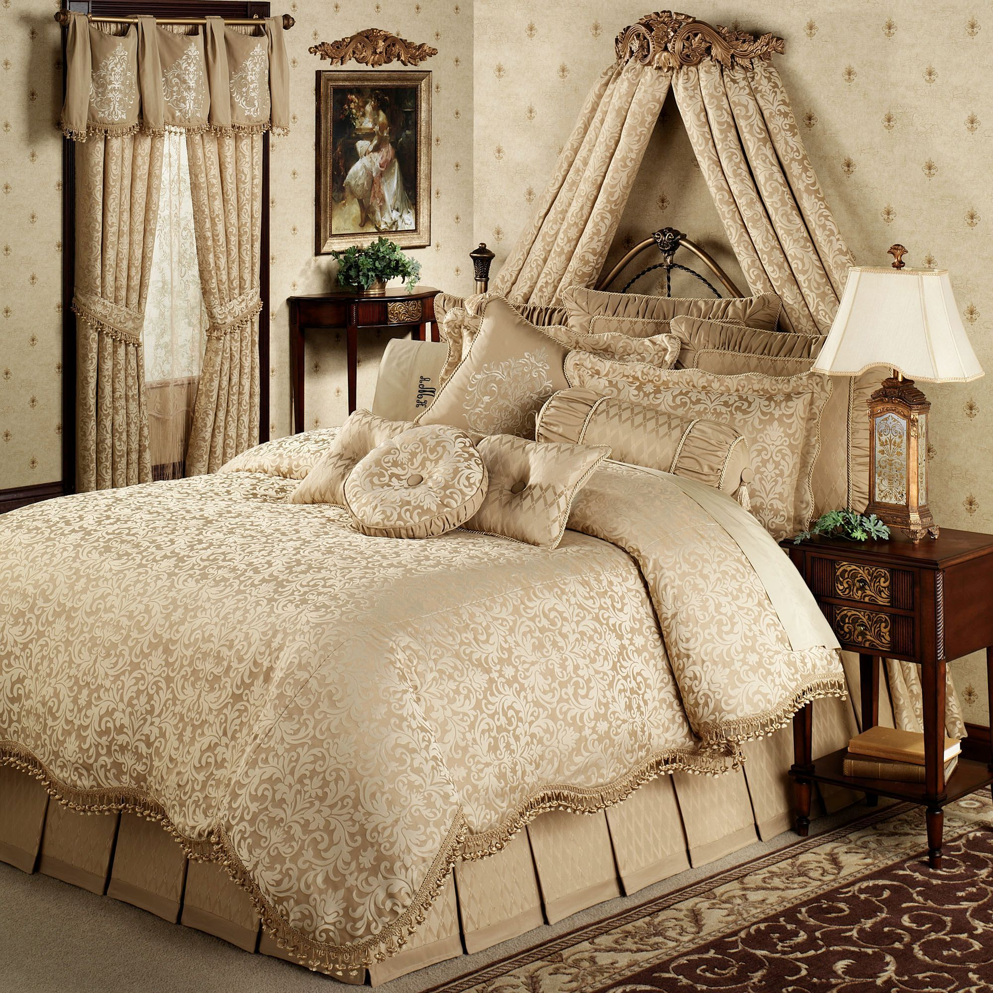 Contemporary luxury bedding - Newcastle Damask Comforter Bedding