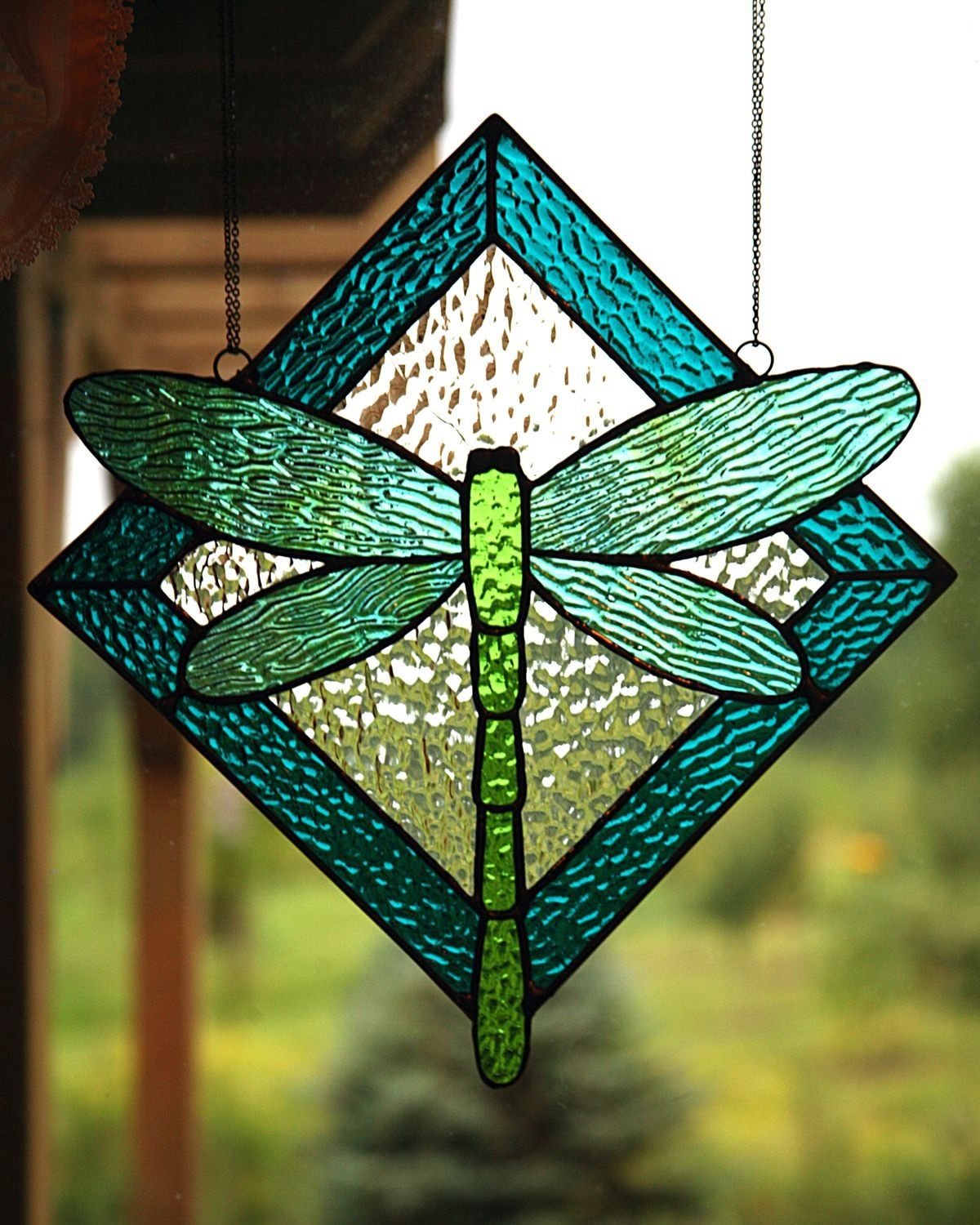 simple dragonfly stained glass pattern by Suzette
