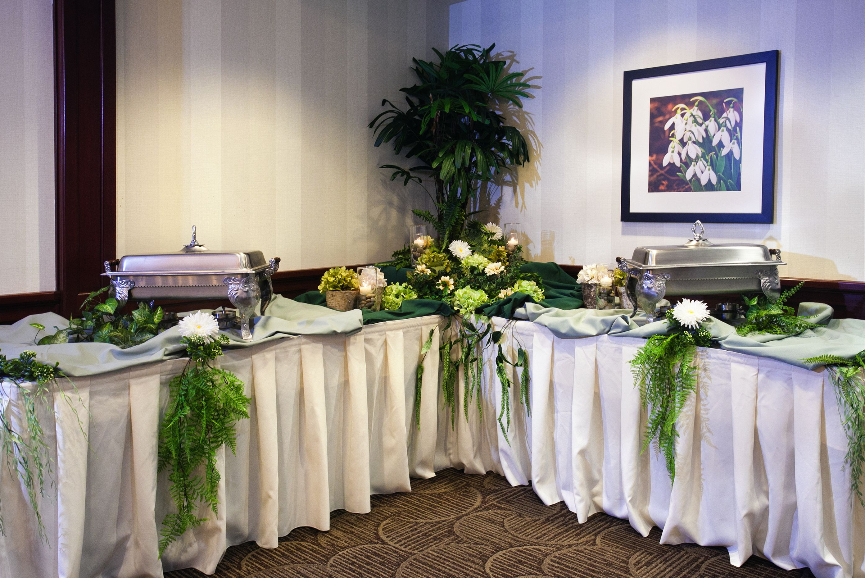 Max S Catering Ideas Table Decorations Buffet Setups Table Decorations Decor Table