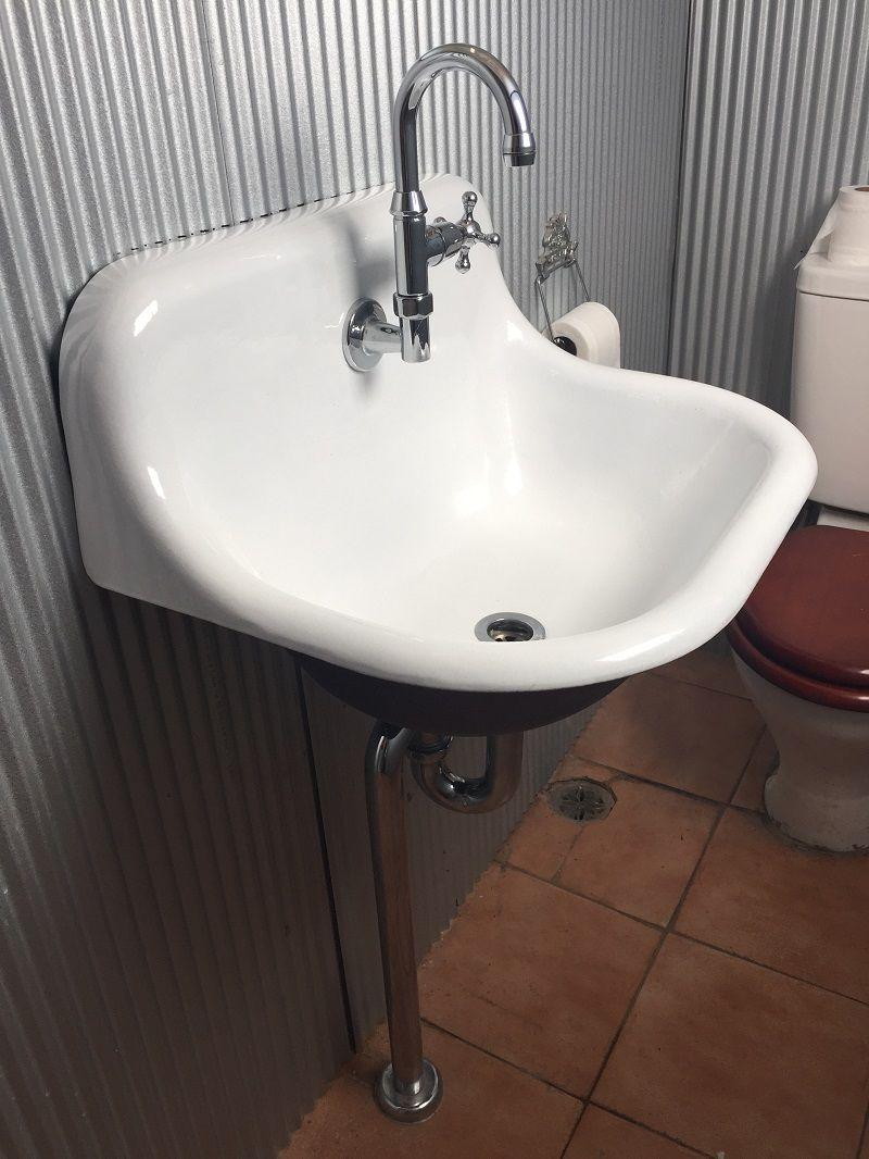 universal sink cast iron vitreous enamelled white external painted copper - Cast Iron Sink