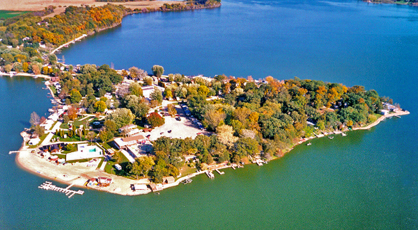 Crystal Lake Rv Resort At Lodi Wisconsin Where The F Is This Private Campgrounds Fall Camping Campground