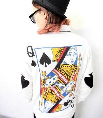 Queen of heart sweatshirt! Need!