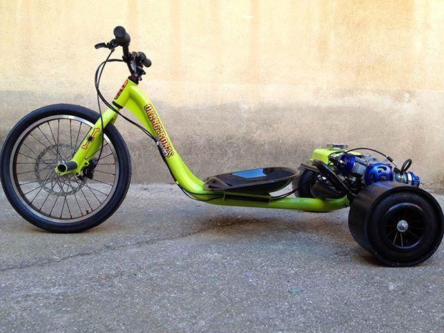trike drifting google search trike drift trike bike. Black Bedroom Furniture Sets. Home Design Ideas