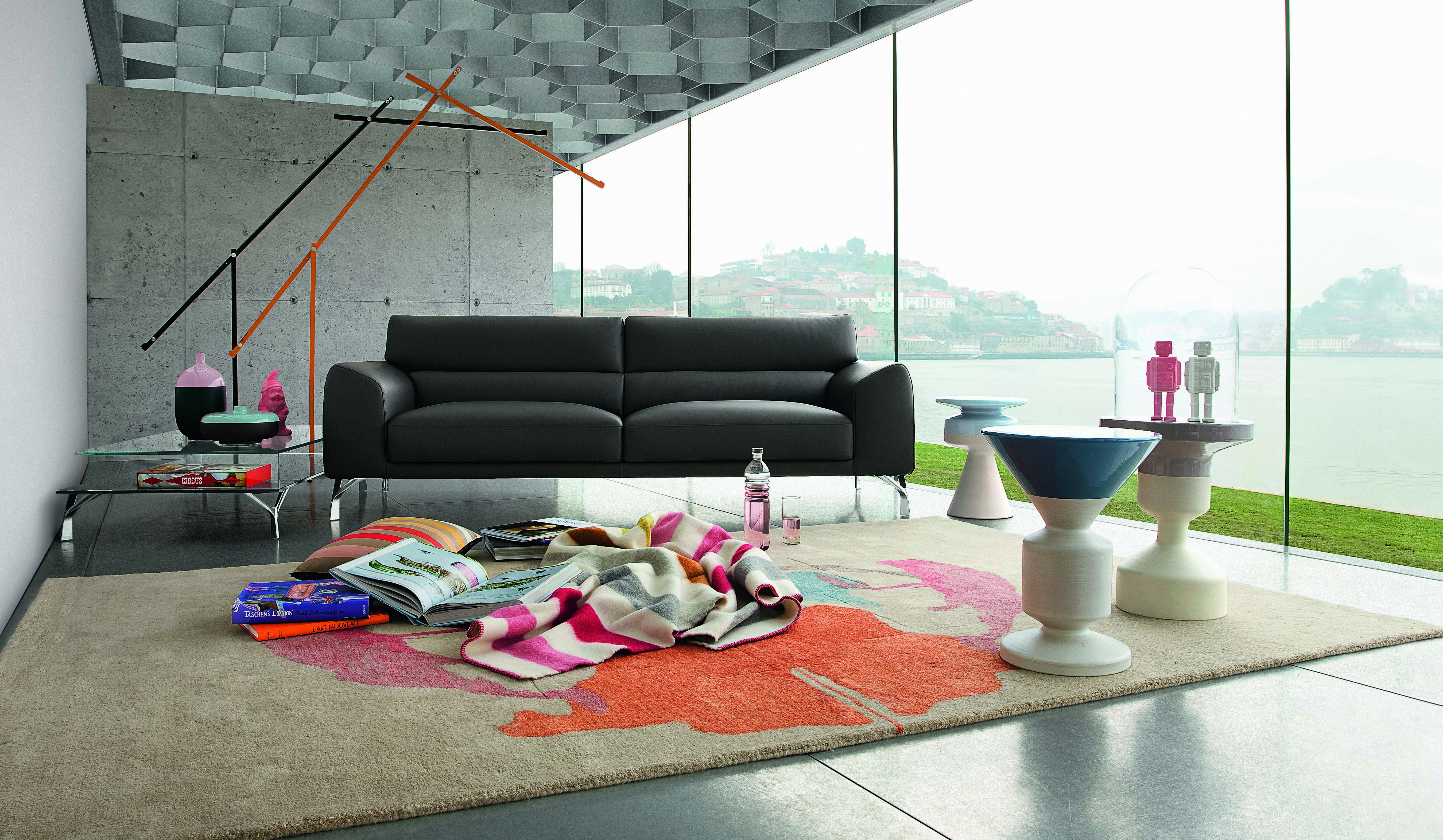 Roche bobois solale sofa design sacha lakic - Roche bobois barcelona ...